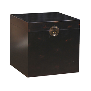 SQ.BLACK WOODEN TRUNK