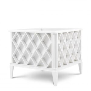 The Ocean Club Planter is sure to brighten up any conservatory, patio, balcony or decking area.