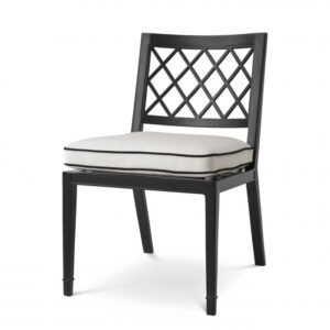 The elegant Paladium Dining Chair is suitable for outdoor and indoor use, and therefore perfect for your conservatory, veranda, patio, balcony or garden.
