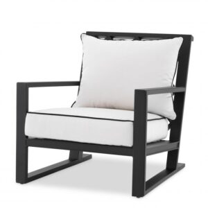 Made from heavy duty materials, the Como Chair is a stylish addition to your conservatory or outdoor living space