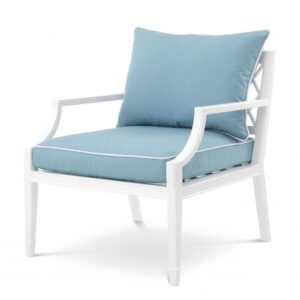 Made from heavy duty materials, the Bella Vista Chair is a stylish addition to your conservatory or outdoor living space.