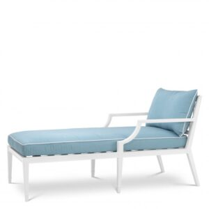 Made from heavy duty materials, the Bella Vista Chaise Longue is a stylish addition to your conservatory or outdoor living space.