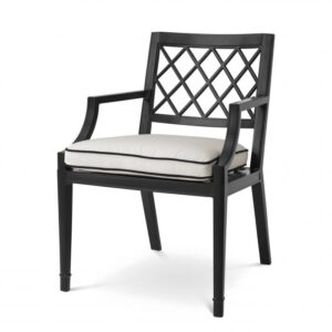 The elegant Paladium Dining Chair with arms is suitable for outdoor and indoor use, and therefore perfect for your conservatory, veranda, patio, balcony or garden.